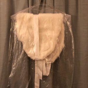 GORGEOUS Faux fur wedding wrap